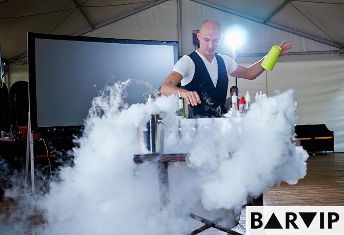 фото - шоу бармен Максим