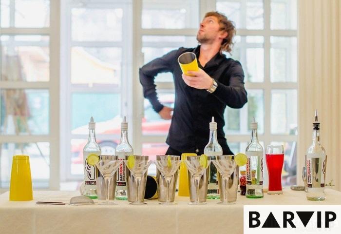 фото - шоу бармен Евгений