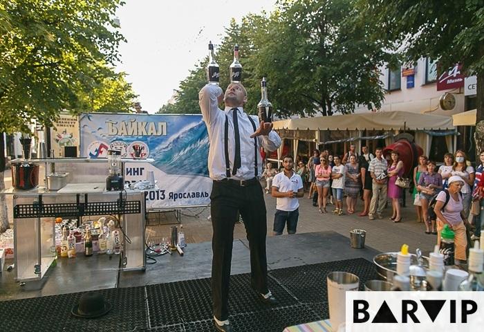фото - шоу бармен Валерий